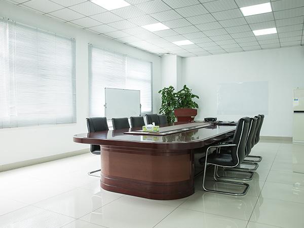同一金属-会议室