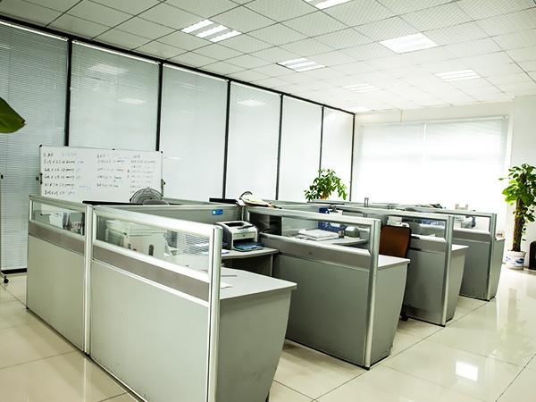 同一金属-办公环境
